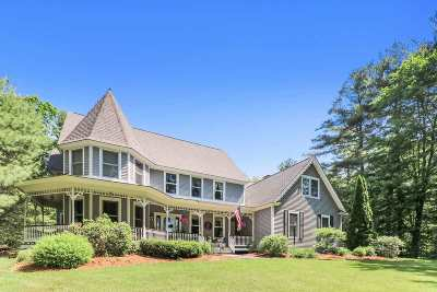 Concord Single Family Home For Sale: 47 Oakmont Drive