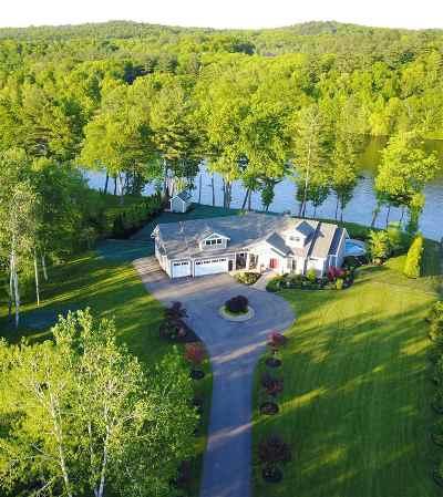 Hooksett Single Family Home For Sale: 9 Meadowcrest Road
