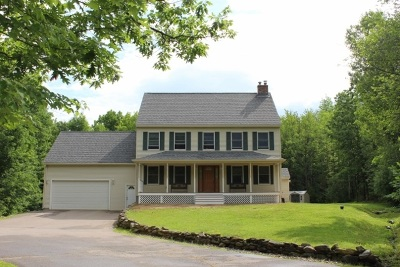 Belmont Single Family Home Active Under Contract: 34 Hunter Court