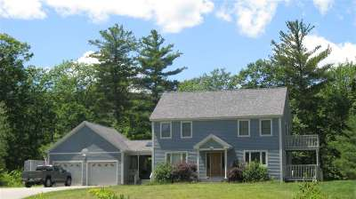 Belknap County, Carroll County, Cheshire County, Coos County, Grafton County, Hillsborough County, Merrimack County, Rockingham County, Strafford County, Sullivan County Single Family Home For Sale: 92 Lakewood Drive