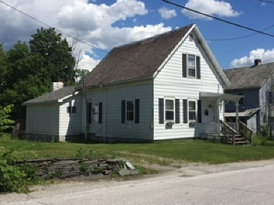 Fair Haven Single Family Home For Sale: 1 Cottage Street
