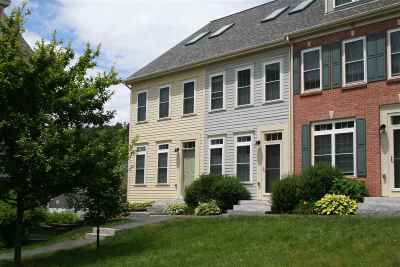Hanover Condo/Townhouse Active Under Contract: 19 Forest Edge Drive