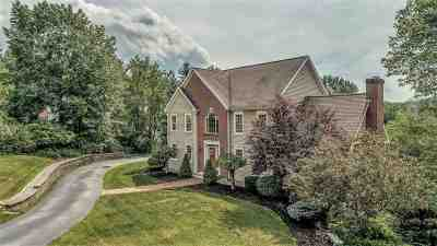 Bedford Single Family Home For Sale: 36 McAfee Farm Rd