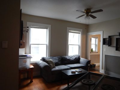 Nashua Multi Family Home For Sale: 20 Cedar Street #22