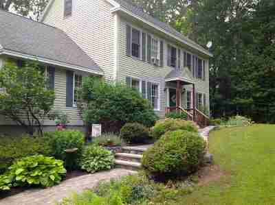 Kingston Single Family Home For Sale: 23 Meadow Wood Road