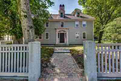 Dover Single Family Home For Sale: 30 Silver Street