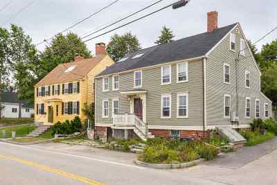 Portsmouth Single Family Home For Sale: 192 New Castle Avenue #1