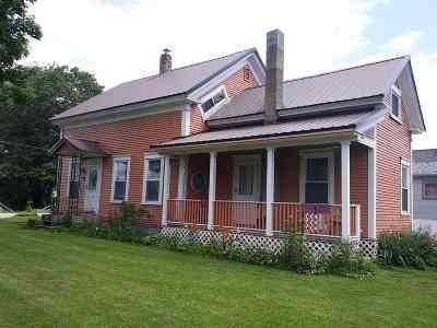 Lancaster Single Family Home For Sale: 37 Railroad Street