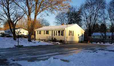 Nashua Single Family Home Active Under Contract: 3 White Plains Drive
