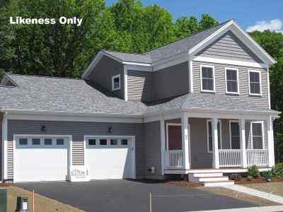 South Burlington Single Family Home For Sale: 71 Churchill Street #54
