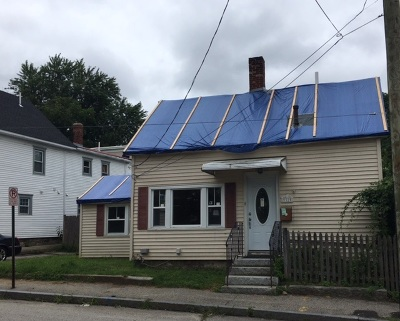 Manchester Single Family Home For Sale: 32 Jane Street