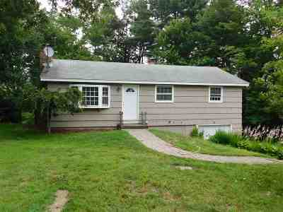 Merrimack Single Family Home For Sale: 39 Belmont Drive