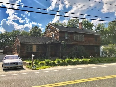 Nashua Single Family Home For Sale: 381 Main Dunstable Road