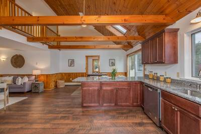 Dover Single Family Home For Sale: 46 Old Rochester Road