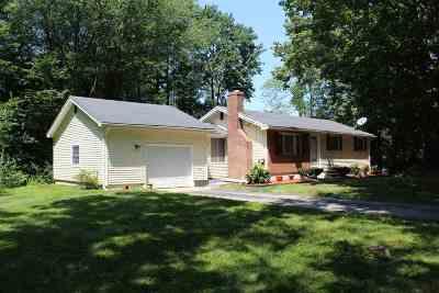 Hooksett Single Family Home For Sale: 2 Monroe