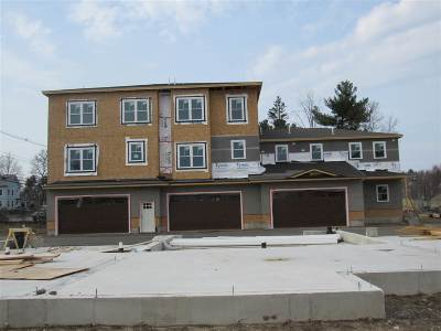Salem Condo/Townhouse For Sale: 12 Milano Way #62