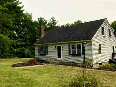 Amherst Single Family Home For Sale: 47 Merrimack Road