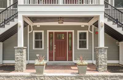 Portsmouth Condo/Townhouse For Sale: 792 Sagamore Avenue #1