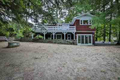 Newbury Single Family Home For Sale: 14 Fowler Mill Road
