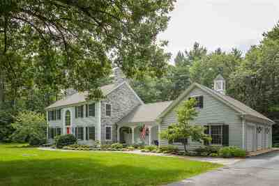 Rollinsford Single Family Home For Sale: 139 Woods Run
