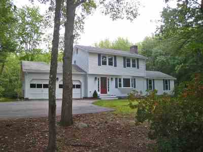 Eliot Single Family Home For Sale: 127 Governor Hill Road