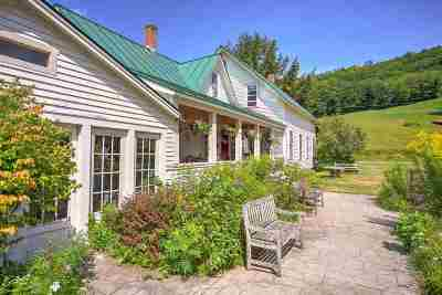 Grafton County, Windsor County Single Family Home For Sale: 8754/8836 Pomfret Road