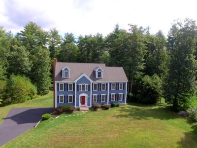 Belknap County, Carroll County, Cheshire County, Coos County, Grafton County, Hillsborough County, Merrimack County, Rockingham County, Strafford County, Sullivan County Single Family Home For Sale: 4 Blackford Drive