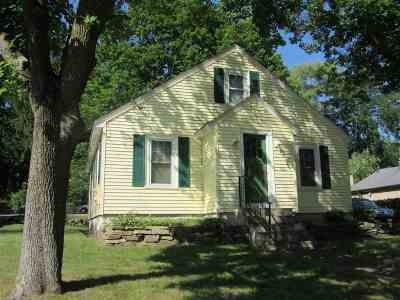 Manchester Single Family Home For Sale: 1661 Brown Avenue