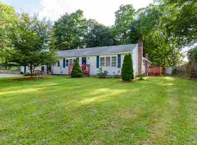 Nashua NH Single Family Home For Sale: $310,000