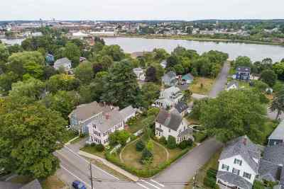 Portsmouth Single Family Home For Sale: 15 Thornton Street