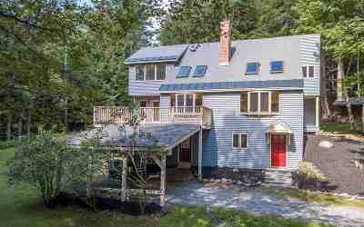 Single Family Home For Sale: 322 Hanover Center Road