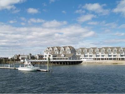 Hampton Condo/Townhouse Active Under Contract: 24 Harbor Road #14