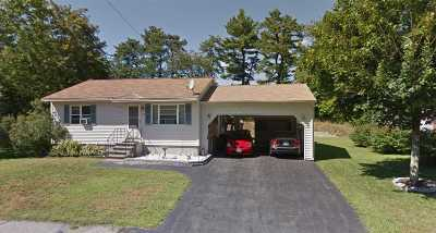 Nashua Single Family Home For Sale: 24 Hassel Brook Road