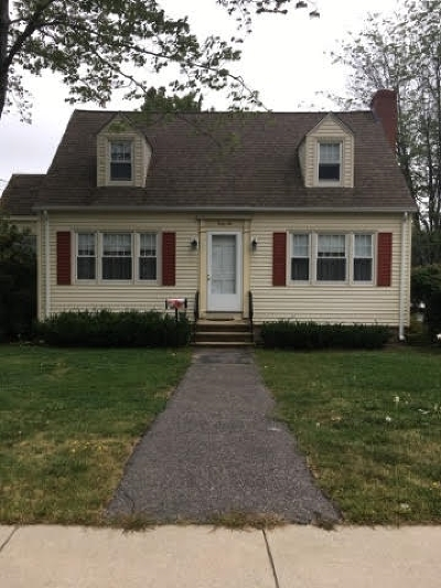 Dover Single Family Home For Sale: 46 Glenwood Avenue