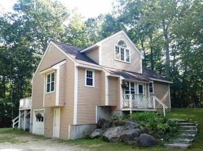 Moultonborough Single Family Home For Sale: 53 Suissevale Avenue