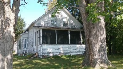 Rutland City VT Single Family Home For Sale: $99,000