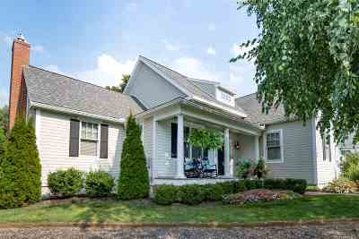 Portsmouth Single Family Home For Sale: 44 Wholey Way