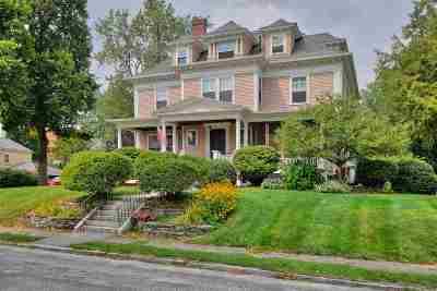 Manchester Single Family Home For Sale: 48 Carpenter Street