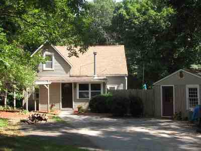 Exeter Single Family Home For Sale: 39 Newfields Road