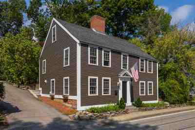 Portsmouth Single Family Home For Sale: 49 Dennett Street