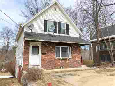 Franklin Single Family Home For Sale: 28 Pleasant Street