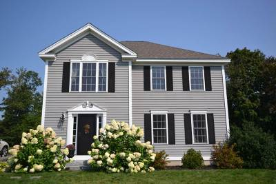 Raymond Single Family Home For Sale: 34 Pond Road