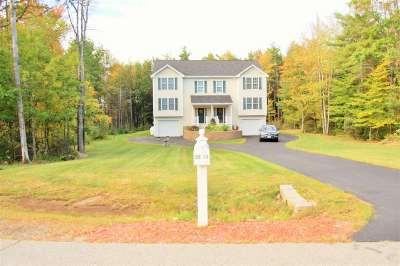 Rochester Single Family Home For Sale: 25 Woodside Lane #1