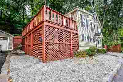 Manchester Single Family Home For Sale: 350 Front Street