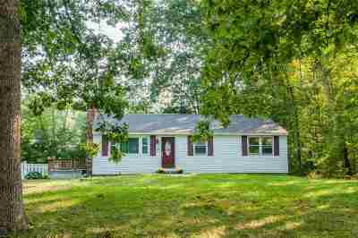 Merrimack Single Family Home For Sale: 10 Northwood Drive