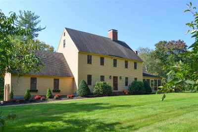 Stratham Single Family Home For Sale: 32 Doe Run Lane
