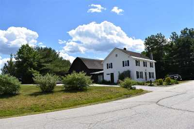 Concord Single Family Home For Sale: 8 Old Dover Road Road