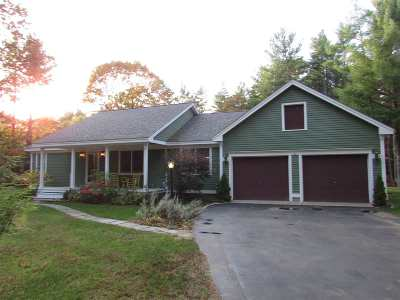 Rollinsford Single Family Home For Sale: 75 Woods Run