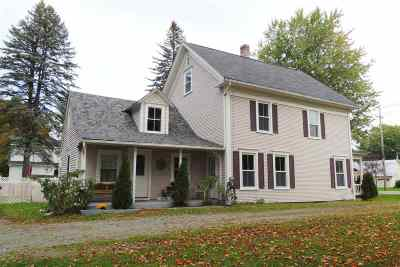 Orleans County Single Family Home For Sale: 262 Main Street