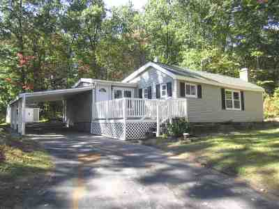 Manchester Single Family Home For Sale: 190 Morse Road
